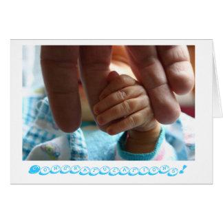 Presentes novos do cartão dos parabéns do bebê