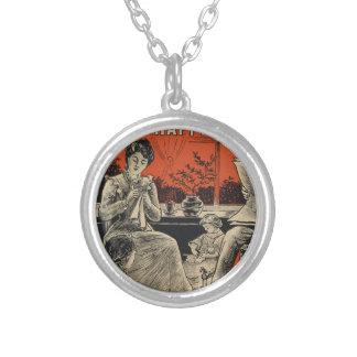 Preto alaranjado retro do vintage tradicional da colar banhado a prata