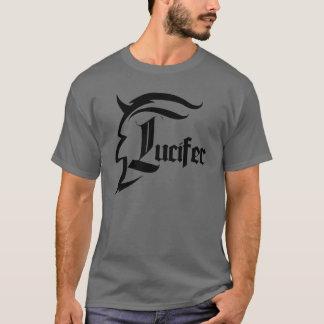 Preto da camisa de Lucifer
