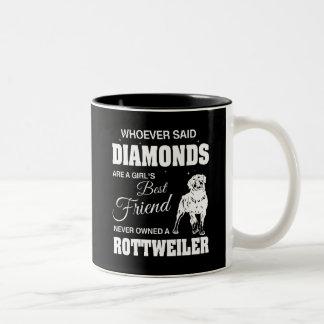 Preto de Rottweiler dos diamantes caneca do