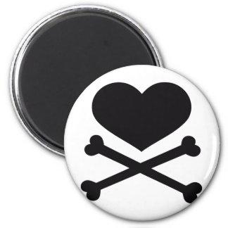 preto do coração e dos crossbones ímã redondo 5.08cm