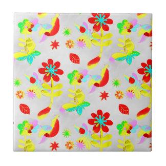 Primavera colorido dos pássaros das borboletas das azulejo de cerâmica