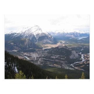 Primaveras místicos de Canmore Alberta Cartão Postal