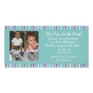 Primeiro convite de aniversário dos gêmeos cartão com fotos