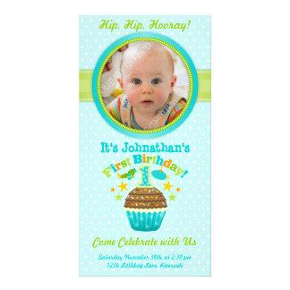 Primeiro cupcake do aniversário (menino) cartao com fotos personalizado