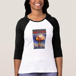 Primeiro de Maio - livro um do T americano das Camiseta