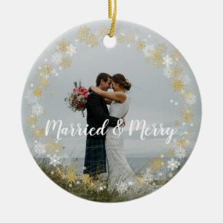 Primeiro de Natal da árvore ornamento casado & da