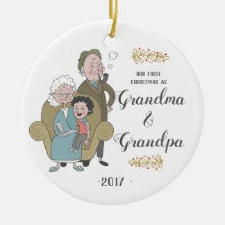 Primeiro Natal como o ornamento da avó e do vovô