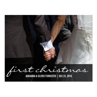Primeiro Natal da foto romântica bonita dos casais Cartão Postal