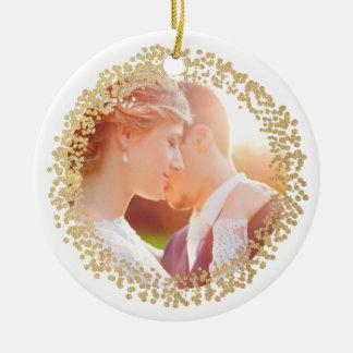 Primeiro ornamento casado da foto da folha do