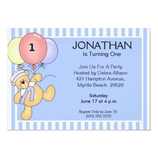 Primeiros convites do urso do balão do aniversário
