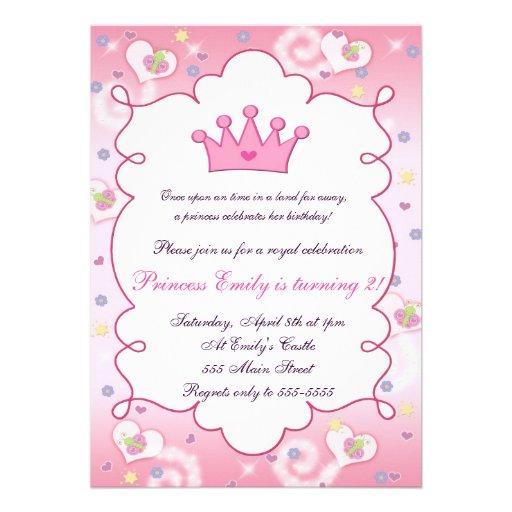 Princesa de coroa cor-de-rosa bonita convite de fe