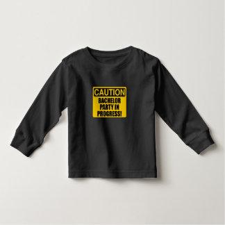 Progresso do despedida de solteiro do cuidado camiseta infantil
