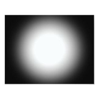 Projector do Grayscale: Personalize este modelo! Convite 10.79 X 13.97cm