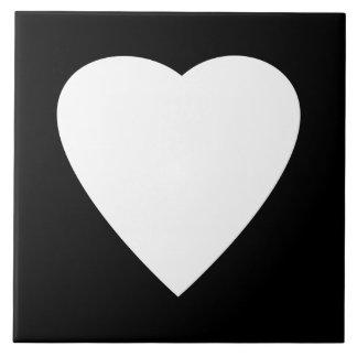 Projeto preto e branco do coração do amor azulejos de cerâmica