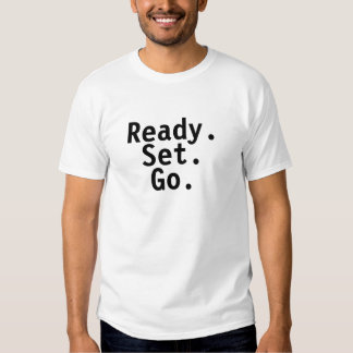 Pronto. Grupo. Vá. O t-shirt básico dos homens