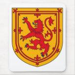 Protetor desenfreado do leão de Scotland Mousepad