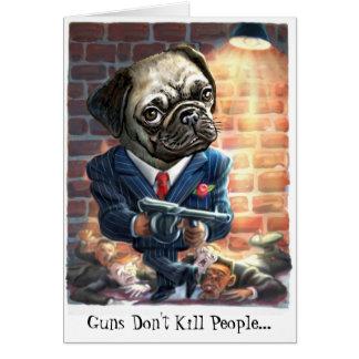 Pugs com cartão das armas