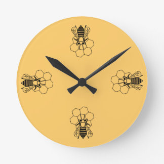 Pulso de disparo - abelha do mel no pente relógio para parede