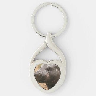 pygmy-hippo-1 chaveiro coração torcido cor prata