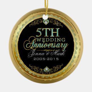 Quadro de turquesa & de ouro & 5o aniversário de ornamento de cerâmica redondo