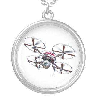 Quadrocopter do zangão colar banhado a prata