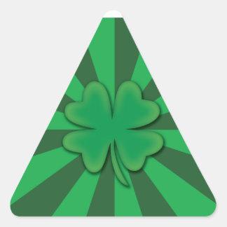 Quatro etiquetas do triângulo do trevo da folha adesivo triangular