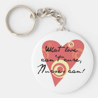 Que amor não pode se curar, as enfermeiras podem! chaveiro