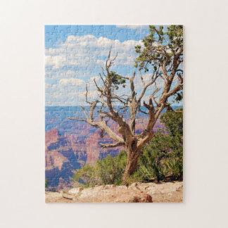 Quebra-cabeça 11x17 da árvore do Grand Canyon