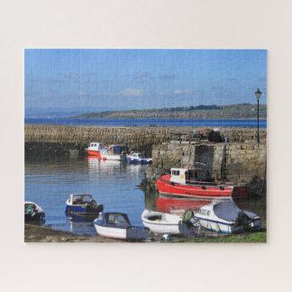 Quebra-cabeça Barcos de pesca no porto bonito - Scotland cénico
