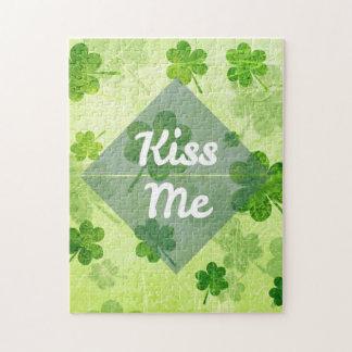 Quebra-cabeça Beije-me trevo