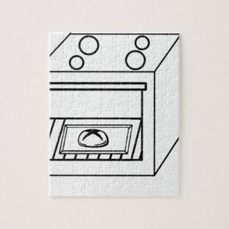Quebra-cabeça bolo no forno, bebê engraçado na mamã grávida da