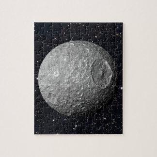 Quebra-cabeça Céu estrelado de Mimas da lua de Saturn
