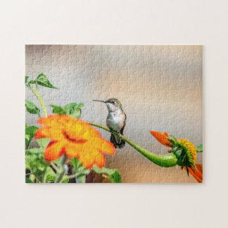 Quebra-cabeça Colibri em uma planta de florescência