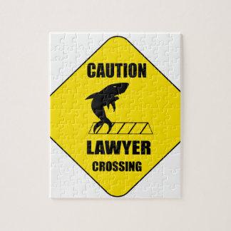 Quebra-cabeça Cruzamento do advogado com tubarão