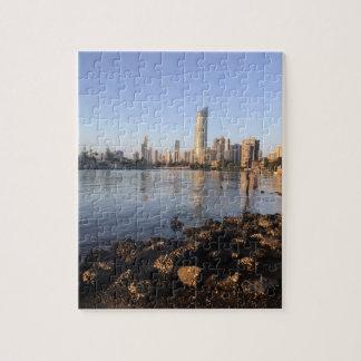 Quebra-cabeça da foto do skyline. do paraíso dos