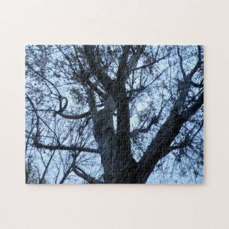 Quebra-cabeça da fotografia da silhueta da árvore