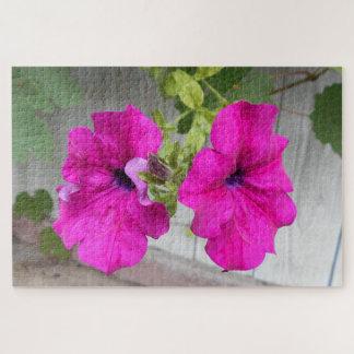 Quebra-cabeça Duas flores cor-de-rosa do petúnia