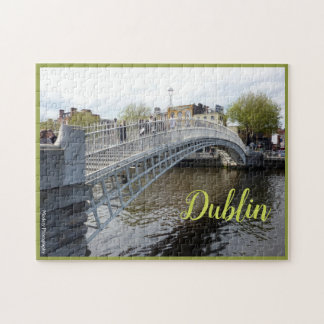 Quebra-cabeça Dublin (ponte do halfpenny) com texto