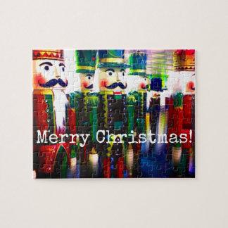 Quebra-cabeça Feliz Natal colorido dos soldados do Nutcracker