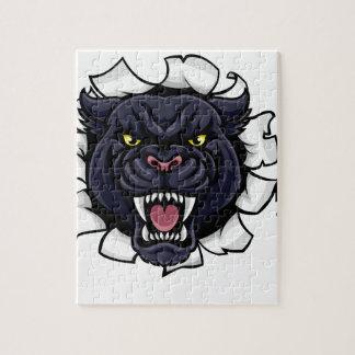 Quebra-cabeça Mascote do basebol da pantera preta que quebra o