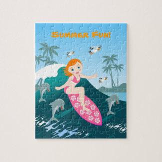 Quebra-cabeça Menina que surfa a onda grande com golfinhos