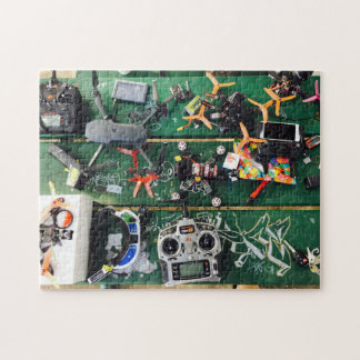 Quebra-cabeça Mesa de piquenique com zangões e grafites
