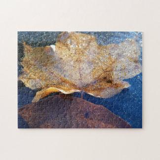 Quebra-cabeça Natureza amarela congelada do outono da folha de