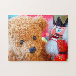 Quebra-cabeça O Nutcracker fala ao urso de ursinho
