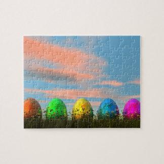 Quebra-cabeça Ovos coloridos para a páscoa - 3D rendem