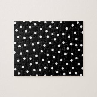 Quebra-cabeça Teste padrão de pontos preto e branco dos confetes
