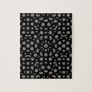 Quebra-cabeça Teste padrão floral escuro de Ditsy