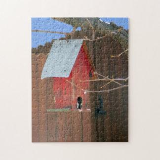 Quebra-cabeça vermelho do Birdhouse