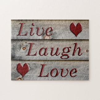 Quebra-cabeça Vive o amor do riso no lado de um celeiro